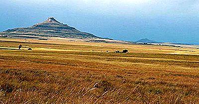 Erosão Landforms: O Que É Um Inselberg Ou Um Monadnock?