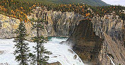 Rezervațiile Parcurilor Naționale Și Parcului Național Din Zonele De Nord-Vest A Canadei