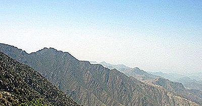 Las Montañas Más Altas En Arabia Saudita