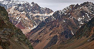Las Montañas Más Altas De Los Andes Sudamericanos