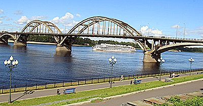 Quelle Est La Source De La Rivière Volga?