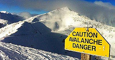Ce Ar Trebui Să Faceți Dacă Sunteți Prinși Într-O Avalanșă?