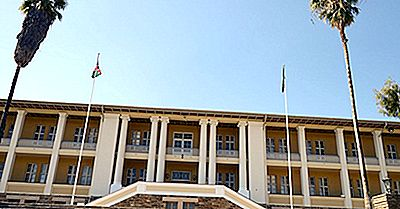 Que Tipo De Governo Tem A Namíbia?