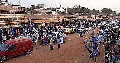 De Största Städerna Och Städerna I Gambia