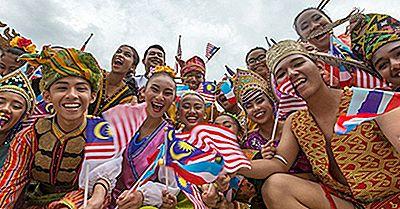 Gruppi Etnici Della Malesia
