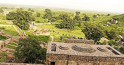 Il Forte Di Bhangarh È Davvero Infestato?