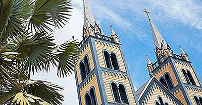 De Store Religioner Praktiseres I Surinam
