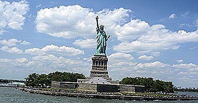 Ce Culoare A Fost Statuia Libertății Inițial?