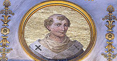 Qui Était Le Plus Jeune Pape?