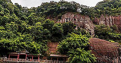 Les Quatre Montagnes Sacrées Du Taoïsme En Chine