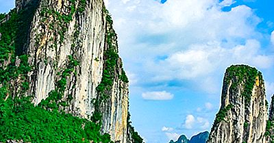 Ha Long Bay, Vietnam: Einzigartige Orte Auf Der Ganzen Welt