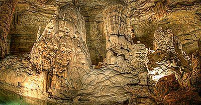 Natural Bridge Caverns - Unique Places Around The World