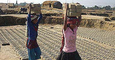 20 De Țări În Care Copiii Mici Lucrează Cele Mai Lungi Ore