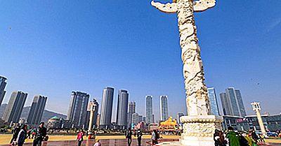 Los Cuadrados Más Grandes De La Ciudad En El Mundo