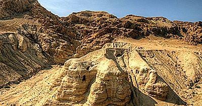 Care Sunt Scrolurile Din Marea Moartă?