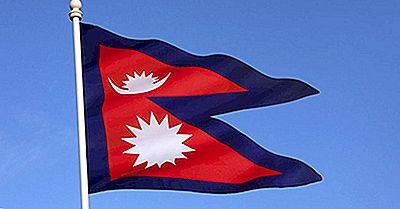 Hvad Betyder Farverne Og Symbolerne På Nepals Flag?