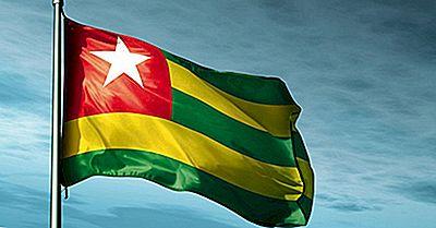 Hvad Betyder Farverne Og Symbolerne På Togos Flag?