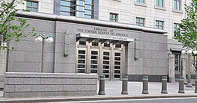 Quelle Est La Différence Entre Une Ambassade Et Un Consulat?