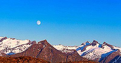 Quale Paese È Conosciuto Come La Terra Del Sole Di Mezzanotte?